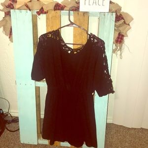 Umgee black dress with lace sleeve/back
